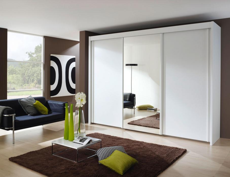 Slaapkamer Met Kledingkast : Soorten kledingkasten voor in de slaapkamer » woning & slaapkamer